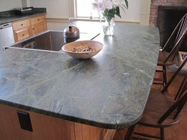 Verde Borgogna Brushed Granite